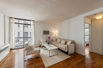 Modern One Bedroom Condo Corner Apartment with Balcony in Greenwich Village 24hr Doorman Building