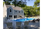 SOUTHAMPTON 4 BR 3 BATH PRIVATE WITH POOL /TENNIS CLOSE TO ALL